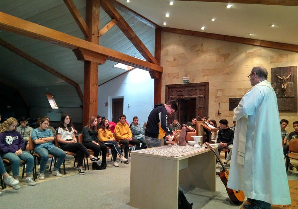 Misa con 4º y testimonios>VITORIA-GASTEIZ